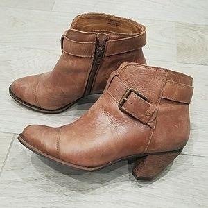 Corso Como brown leather booties